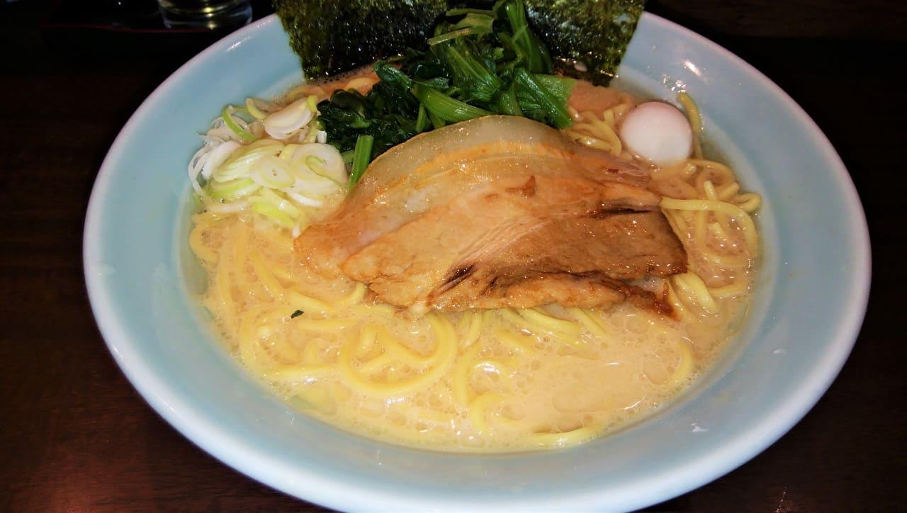 㐂濱家の濃厚豚骨ラーメン醤油